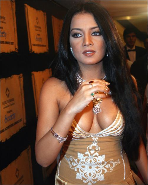 Bollywood actress Celina Jaitley was denied entry in a Bangkok pub and
