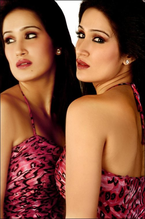 Indian Hot Babes & Actress: Sagarika Ghatge, the indian hocky girl