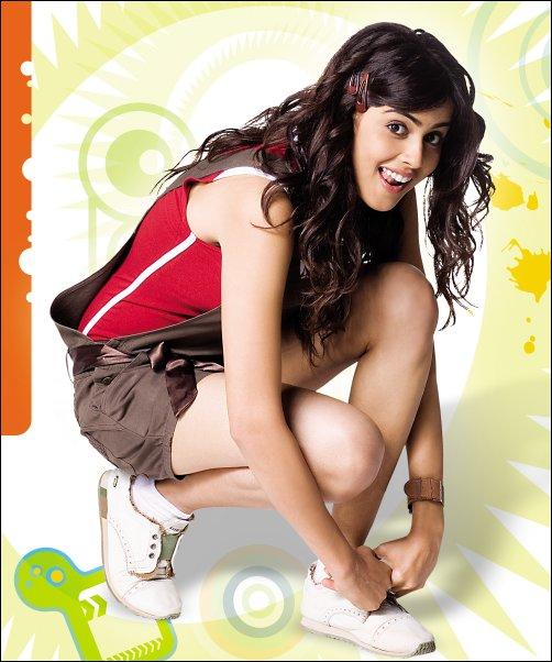 Exclusive Look at the characters in Jaane Tu... Ya Jaane Na