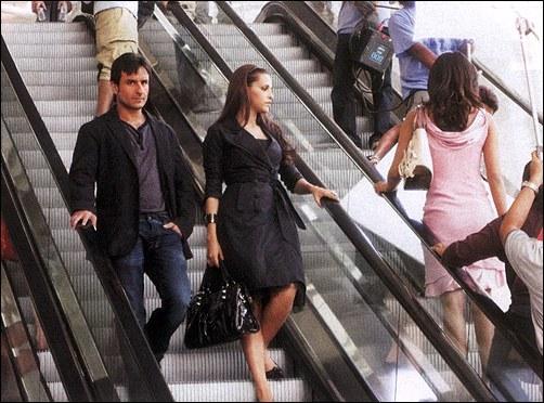 Saif, Priyanka, Neha together