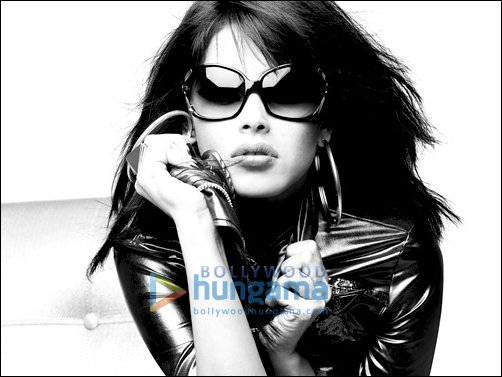 Check out the exclusive images of Genelia's Sweet No More with  Fastrack's campaign