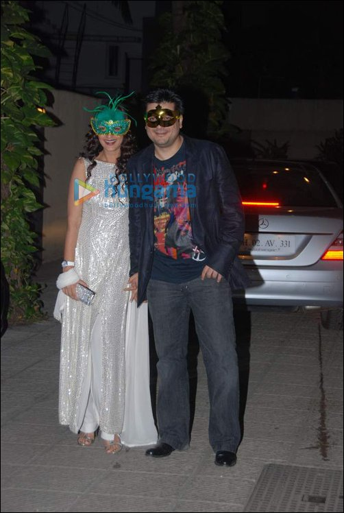 Check Out: B-town bigwigs in fancy dresses at Hrithik's Halloween bash