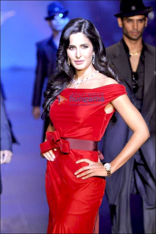 Check Out: Salman walks the ramp with Bollywood's top leading ladies