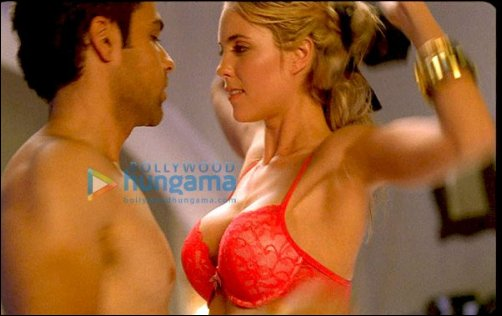 Check out: Emraan Hashmi's steamy scene with Shella Allen in Crook