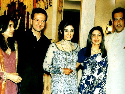 Stills from Raveenas Wedding, Anil Thadani , Raveena Tandon