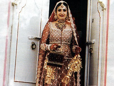 Stills from Raveenas Wedding, Raveena