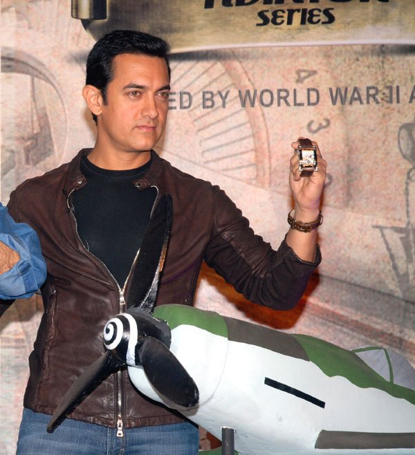 Aamir Khan launches Titan Aviator, Aamir Khan