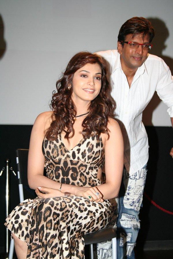 Subhash Ghai announces Hello Darling, Isha Koppikar, Javed Jaffrey
