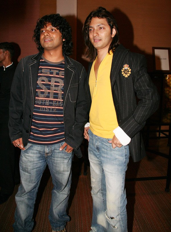 Om Shanti Om fashion show at Grand Hyatt, Ashmith Kunder, Shirish Kunder