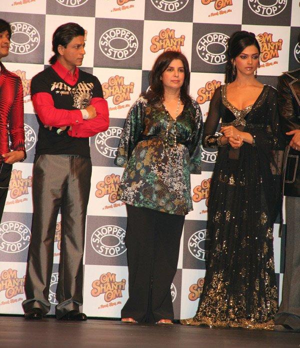 Om Shanti Om fashion show at Grand Hyatt, Shreyas Talpade, Shahrukh Khan, Farah Khan, Deepika Padukone