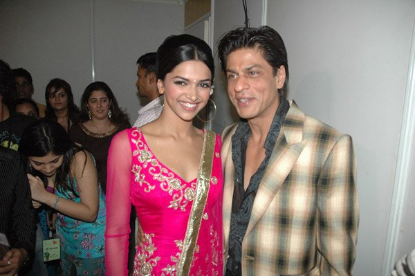 Shah Rukh, Deepika and Hrithik at Lycra MTV Style Awards 2007, Deepika Padukone, Shahrukh Khan