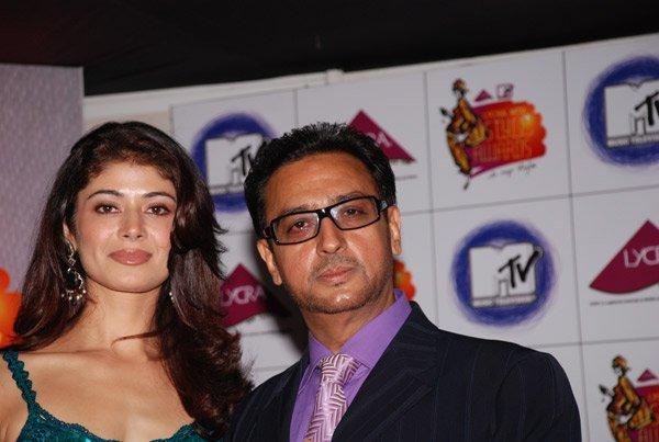 Shah Rukh, Deepika and Hrithik at Lycra MTV Style Awards 2007, Pooja Batra, Gulshan Grover