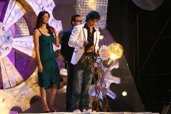 Shah Rukh, Deepika and Hrithik at Lycra MTV Style Awards 2007, Pooja Batra, Hrithik Roshan, Gulshan Grover