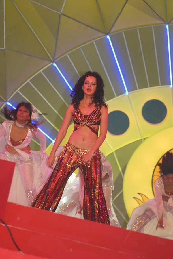 Mumbai Police Diwali Mela Annual Function 2007, Kangna Ranaut
