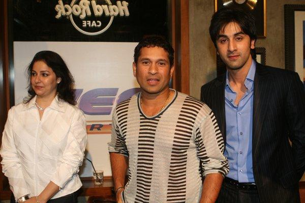 http://i.indiafm.com/memories/07/ranbirwithstars/still4.jpg