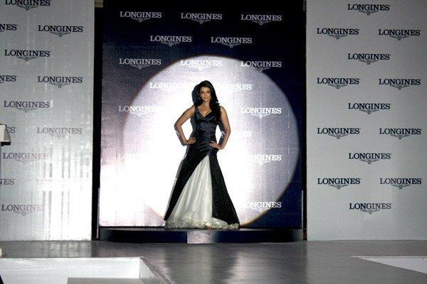 still1 - Aishwarya Rai Bachchan launches Longines Admiral