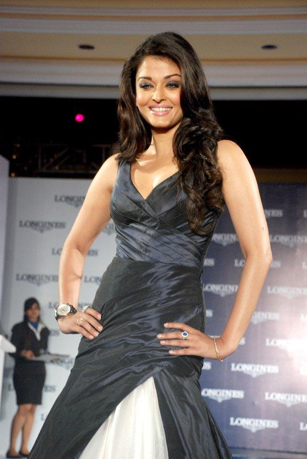 still10 - Aishwarya Rai Bachchan launches Longines Admiral