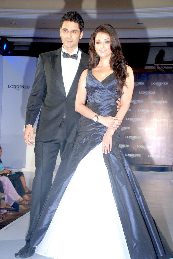 still6 - Aishwarya Rai Bachchan launches Longines Admiral