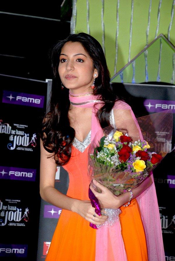still2 - Anushka Sharma - smiles at Fame Malad