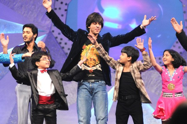 Posted by rajesh Labels: Parties and events , Shahrukh khan