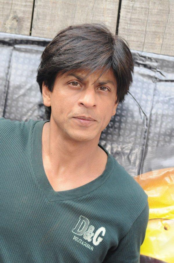 صور لأروع ممثل هندي شاه روخان Still3