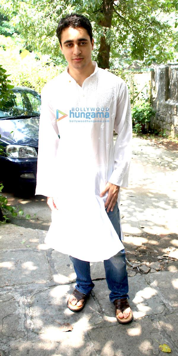 still4 - Imran & Aamir Khan Celebrates Eid ul-Fitr