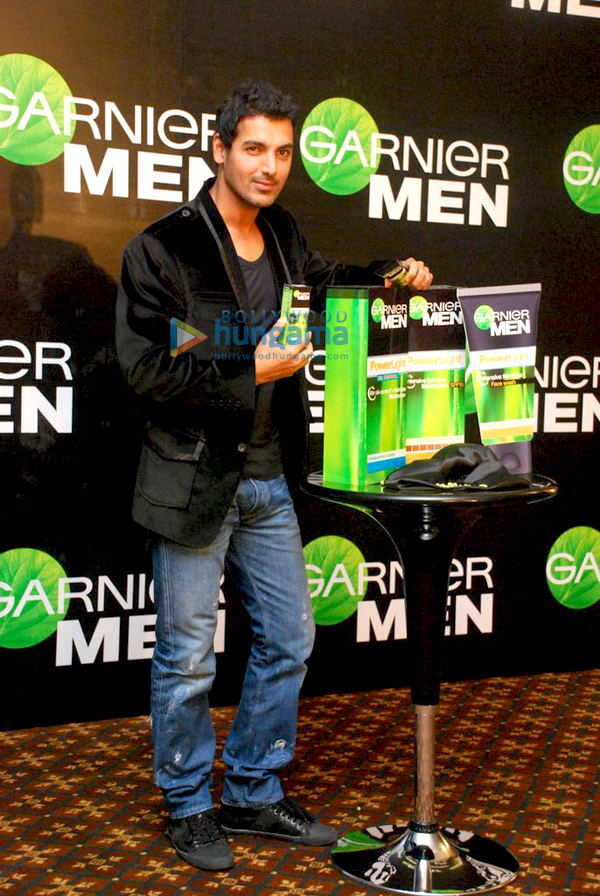 still1 - John Abraham endorses Garnier Men