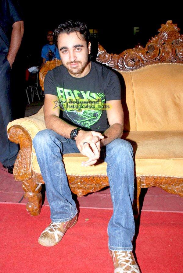 still7 - Madhuri Dixit nd Imran Khan @ college film fe