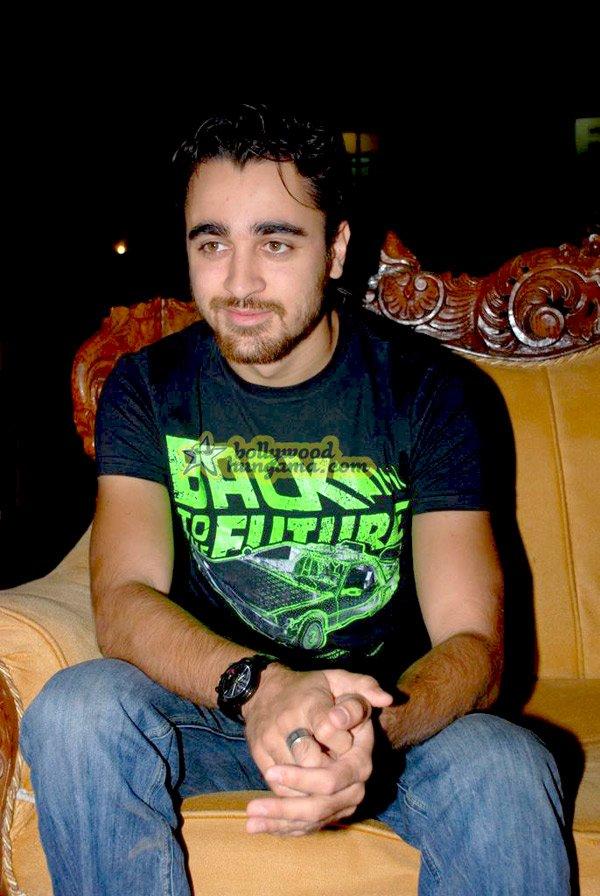 still8 - Madhuri Dixit nd Imran Khan @ college film fe