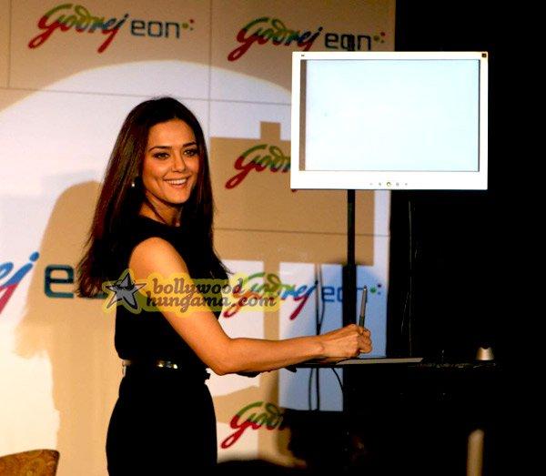 still1 - Preity Zinta unveils Godrej Eon A/Cs