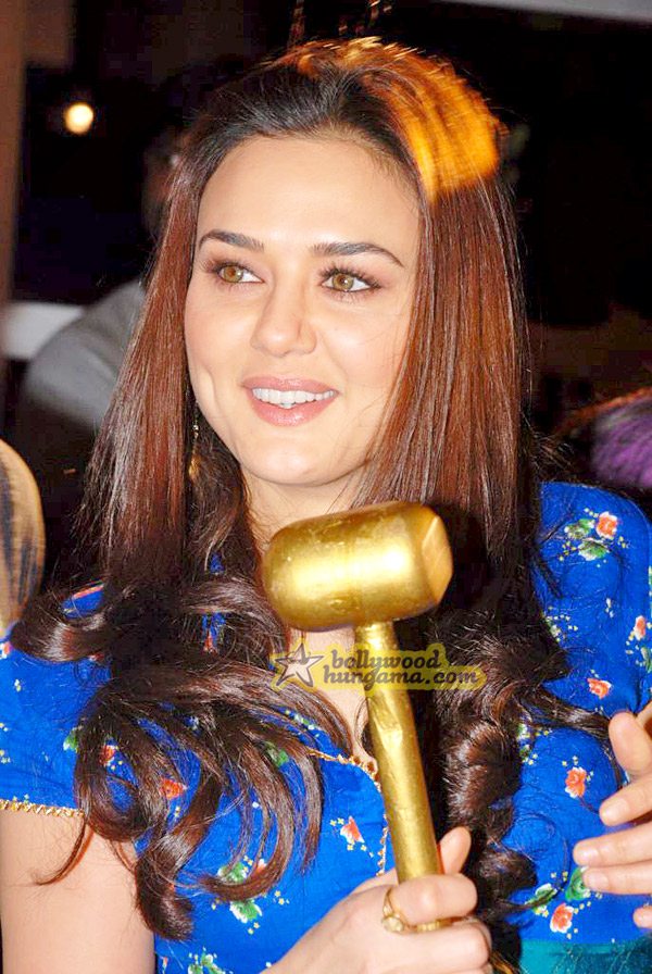 still6 - Preity nd Neil at Gitanjali Luxury Style Fest in