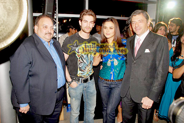 still7 - Preity nd Neil at Gitanjali Luxury Style Fest in