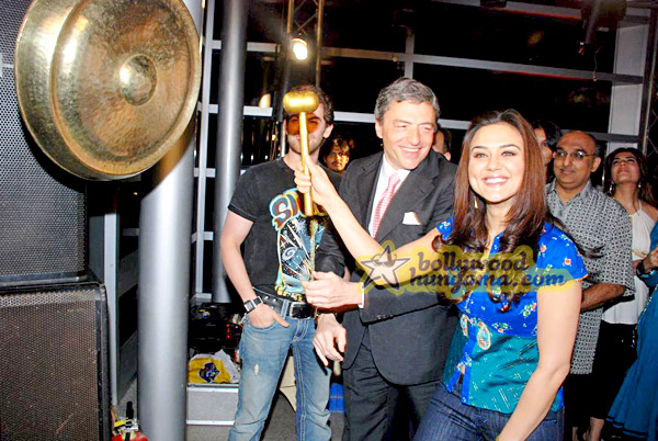 still8 - Preity nd Neil at Gitanjali Luxury Style Fest in