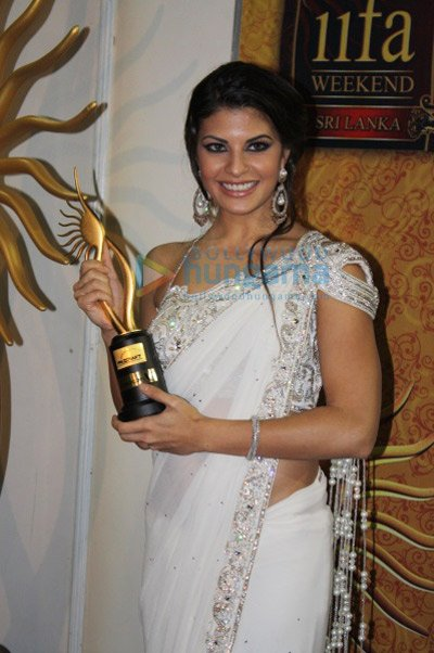 http://i.indiafm.com/memories/10/iifaawards2010/still69.jpg