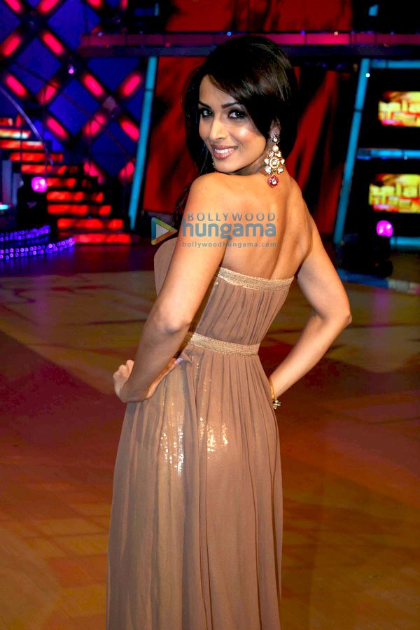still6 Malaika Arora Khan on the sets of Jhalak Dikhlaja bollywood gallery 