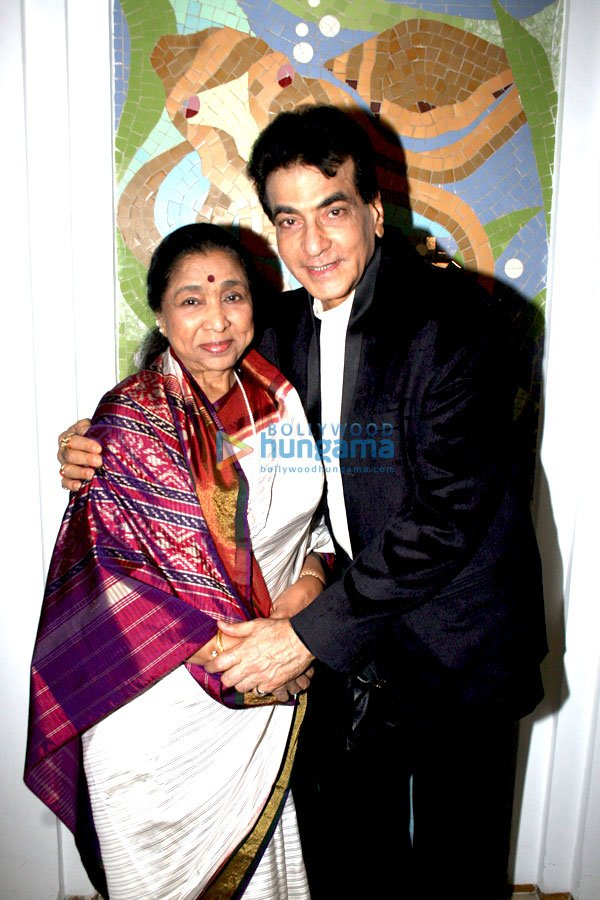 lyricist sameers daughter sanchita and abhisheks wedding