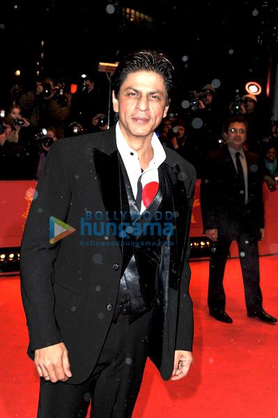 King Shahrukh Khan-solo-3 - Страница 5 Still3