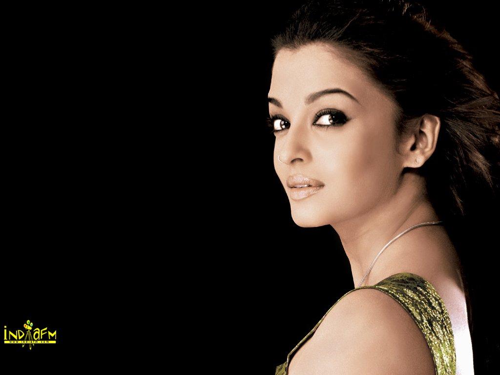 صور ممثلين الهند ash100.jpg