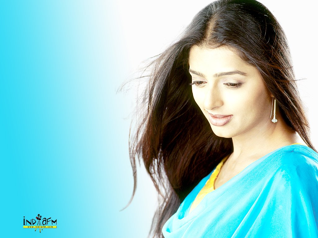 Download Bhoomika Chawla Wallpapers. Monday, June 4, 2007
