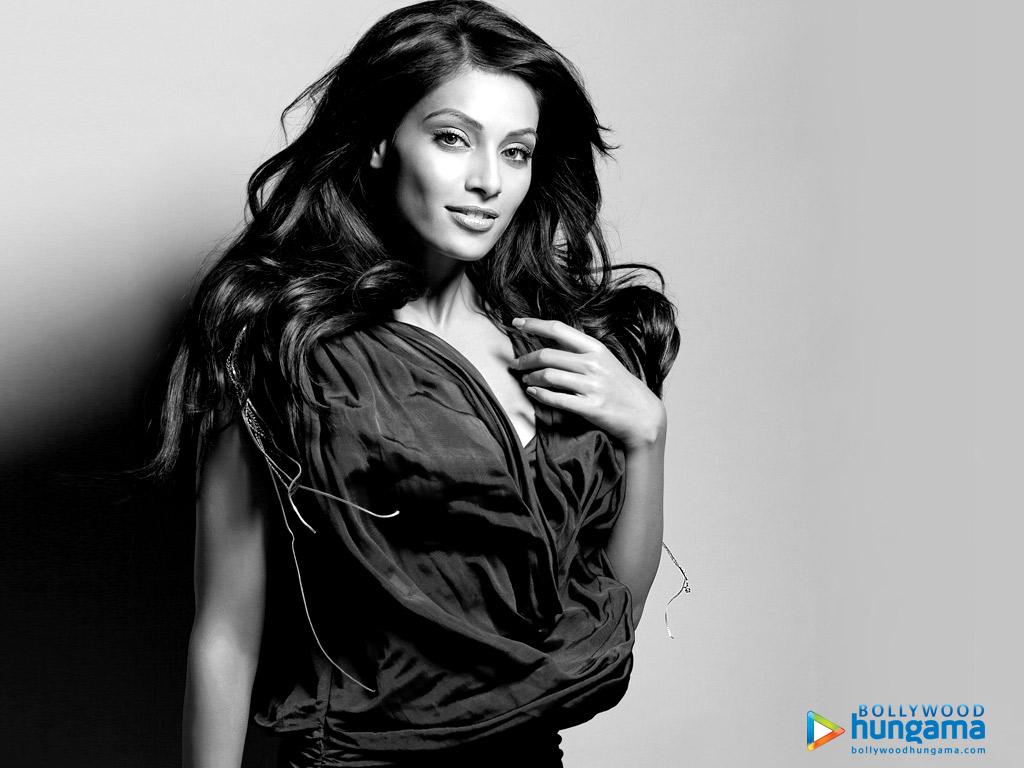 http://i.indiafm.com/posters/bipasha/bipasha97.jpg