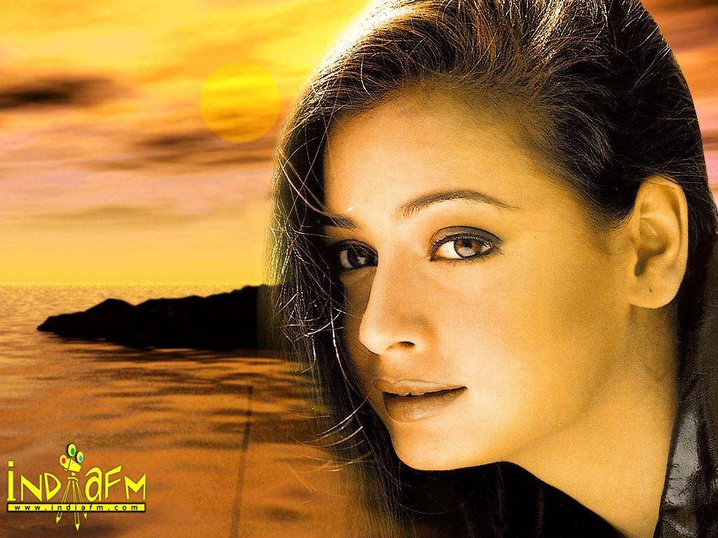 http://i.indiafm.com/posters/diyamirza/diya12.jpg