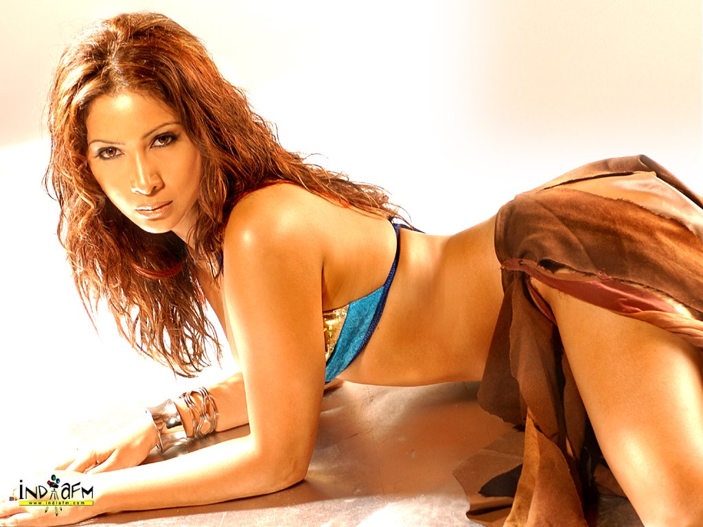 Kim Sharma HOT Bikni Wallpapers. Monday, June 4, 2007