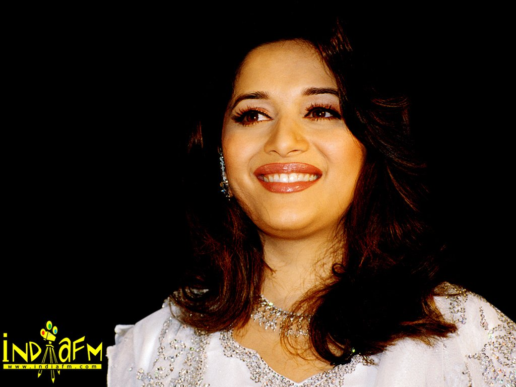 Madhuri Dixit Wallpapers: madhuri34