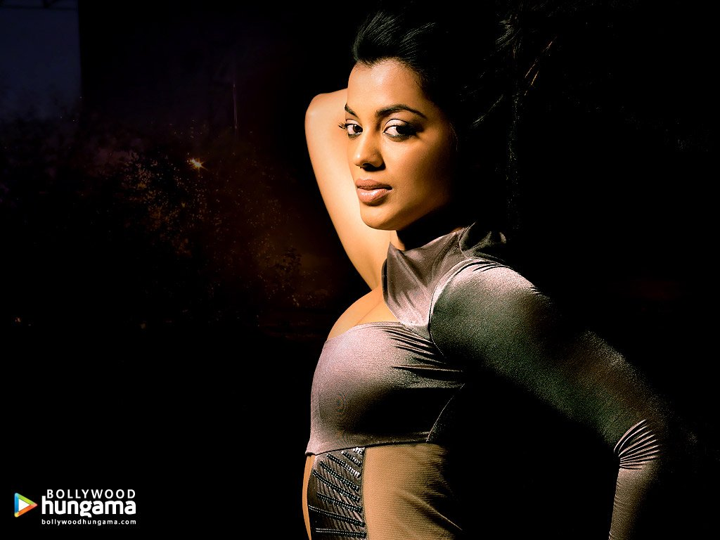 http://i.indiafm.com/posters/mugdhagodse/mugdha39.jpg