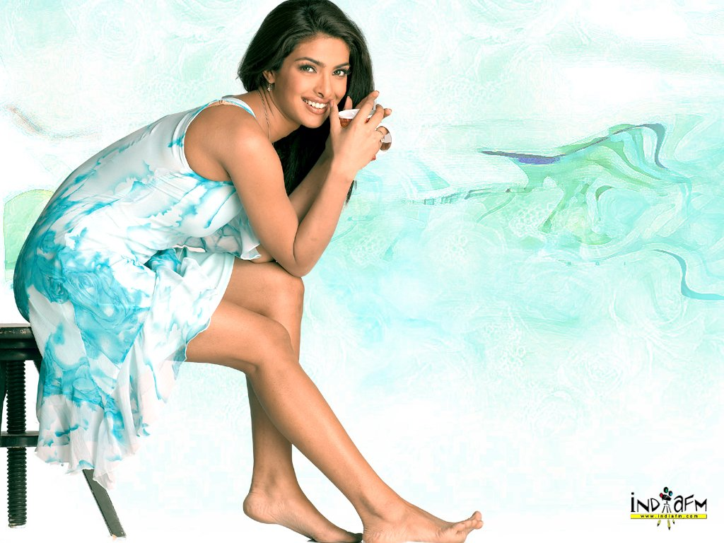 priyanka chopra Bollywood Actors Famous Celebrities