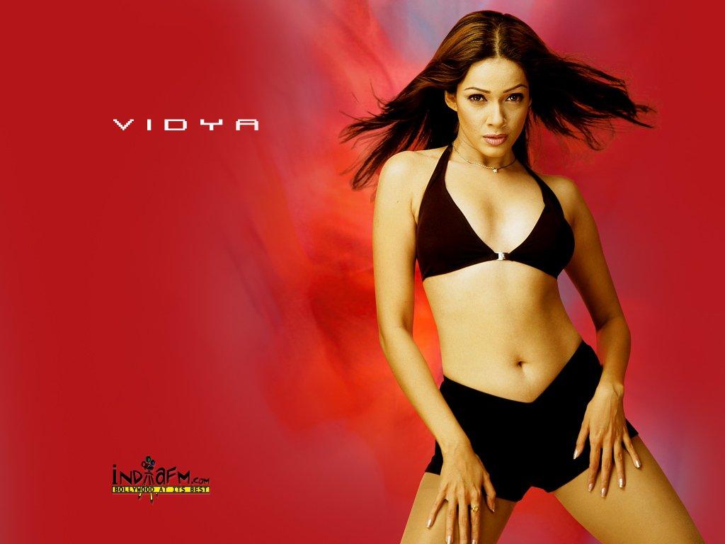 http://i.indiafm.com/posters/vidya/vidya3.jpg