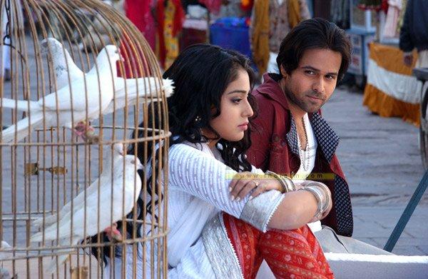 Awarapan, Emraan Hashmi, Shreya Saran, Mrinalini Sharma, Rehan Khan,