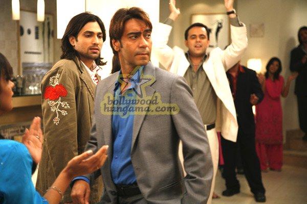 http://i.indiafm.com/stills/07/umeaurhum/still72.jpg