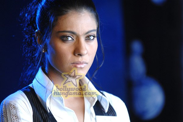 http://i.indiafm.com/stills/07/umeaurhum/still88.jpg