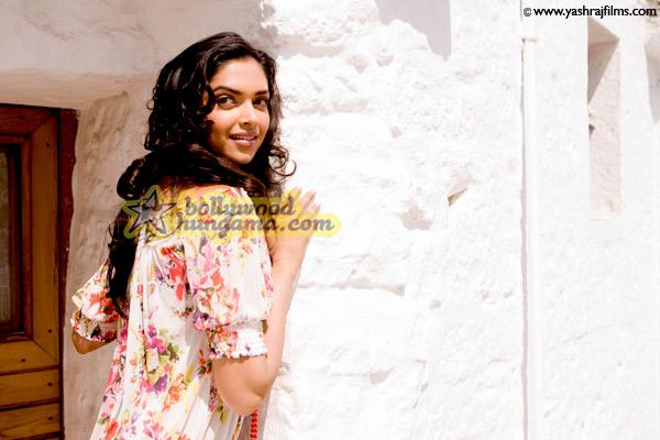Bachna Ae Haseeno, Ranbir Kapoor,Katrina Kaif,Deepika Padukone,